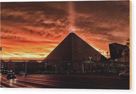 Wood Print featuring the photograph Luxor Las Vegas by Michael Rogers