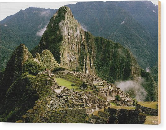 Machu Picchu At Sunrise Wood Print
