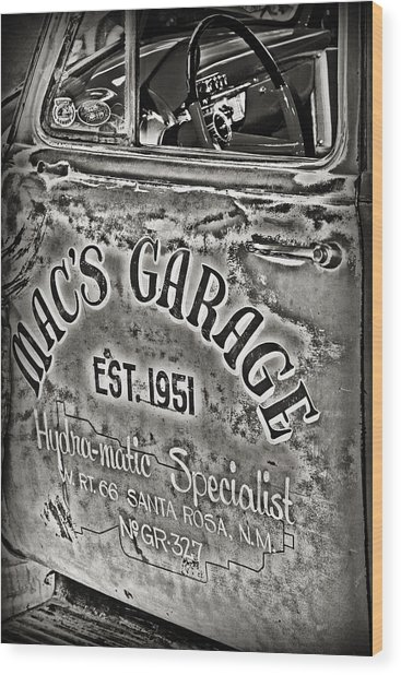 Macs Garage Wood Print