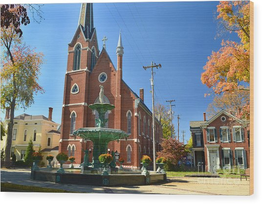 Madison Church And Water Fountain Wood Print