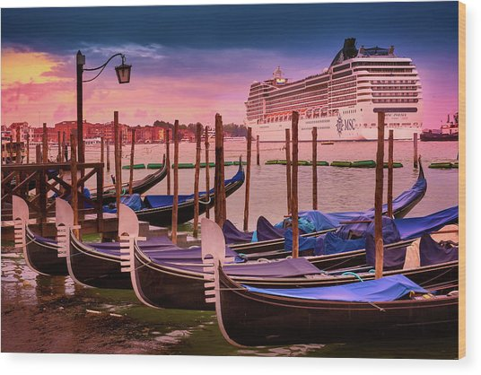 Magical Sunset In Venice Wood Print