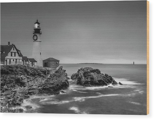 Maine Cape Elizabeth Lighthouse Aka Portland Headlight In Bw Wood Print