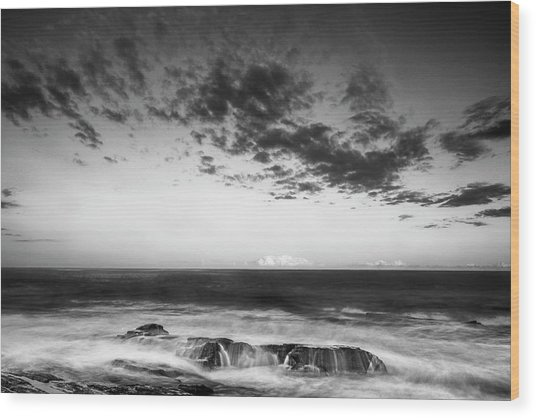 Maine Rocky Coast With Boulders And Clouds At Two Lights Park Wood Print