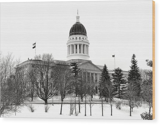 Maine State Capitol In Winter Wood Print