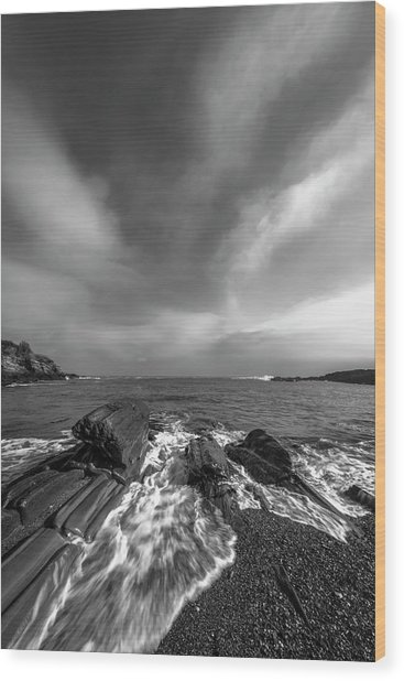 Maine Storm Clouds And Crashing Waves On Rocky Coast Wood Print