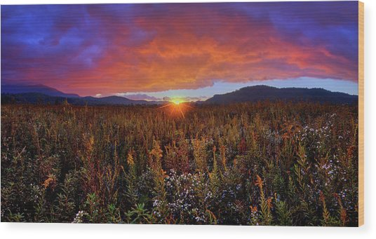 Majestic Sunset Over Cades Cove In Smoky Mountains National Park Wood Print