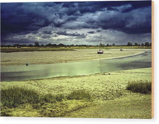 Maldon Estuary Towards The Sea Wood Print