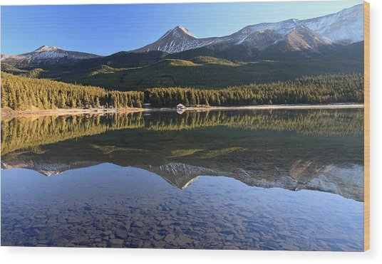 Maligne Lake Jasper National Park Alberta Canada Wood Print by Pierre Leclerc Photography
