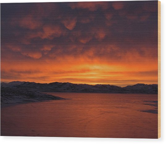 Mamantus Clouds Over Wildhorse Reservoir, Nv Wood Print