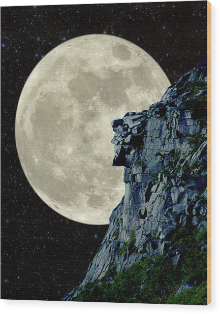 Man In The Moon Meets Old Man Of The Mountain Vertical Wood Print