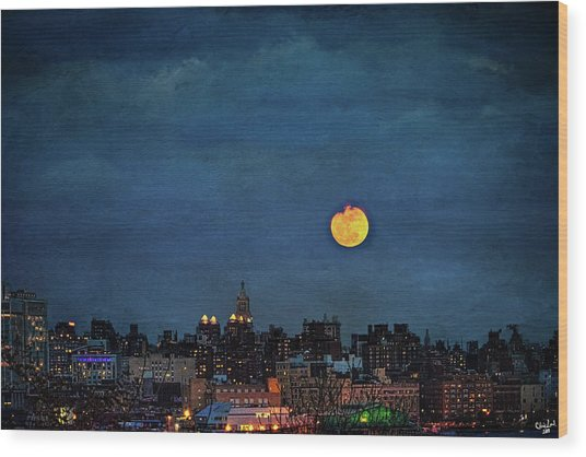 Manhattan Moonrise Wood Print