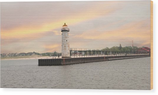 Manistee North Pierhead Lighthouse Wood Print