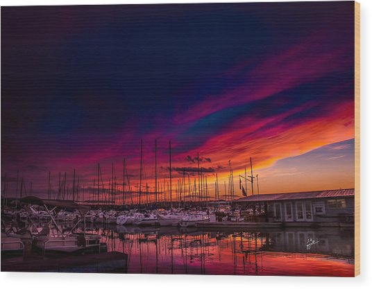Marina Sunset Wood Print