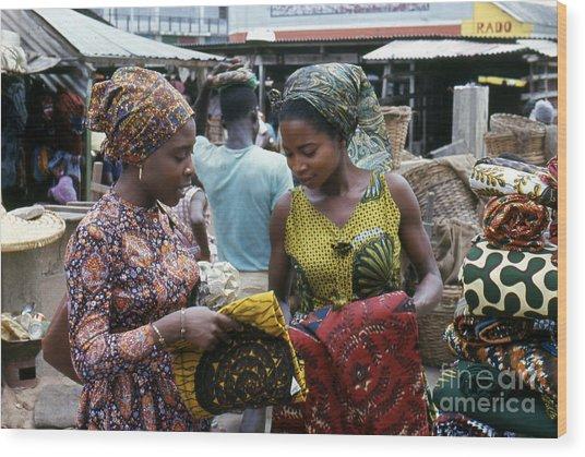 Market In Accra Ghana Wood Print