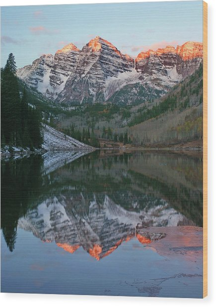Maroon Bells At Sunrise Wood Print