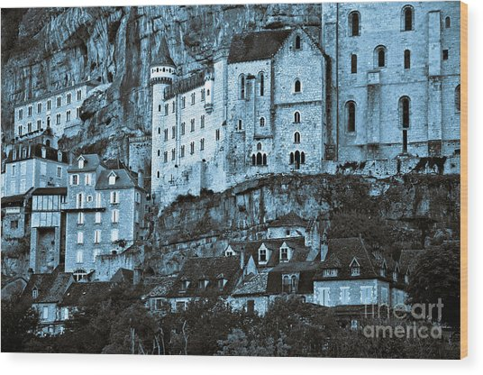 Medieval Castle In The Pilgrimage Town Of Rocamadour Wood Print