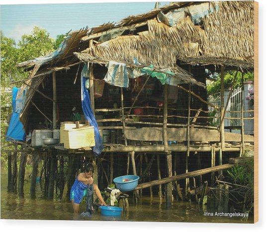 Mekong River Chores Wood Print