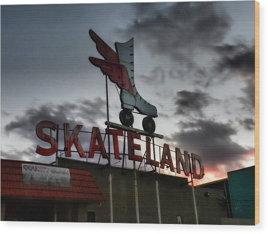 Wood Print featuring the photograph Memphis - Skateland 001 by Lance Vaughn