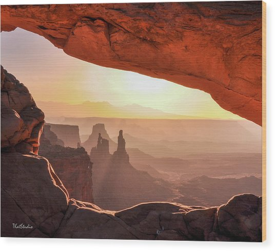 Mesa Arch At Sunrise, Washer Woman Formation , Canyonlands National Park, Utah Wood Print