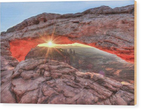 Mesa Arch Majesty - Canyonlands National Park Wood Print