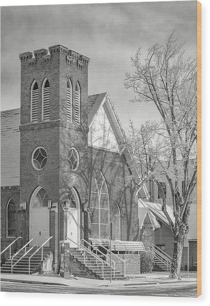 Methodist Church In Snow Wood Print