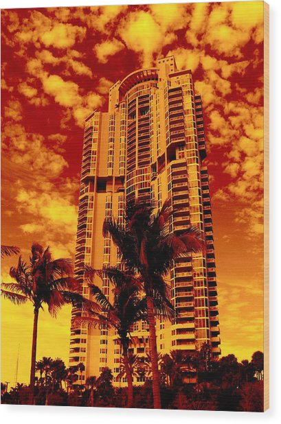 Miami South Pointe IIi Highrise Wood Print