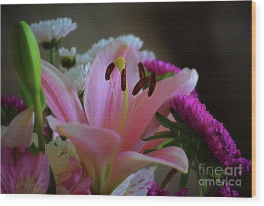 Middle Lily Wood Print