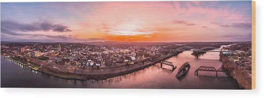 Middletown Connecticut Sunset Wood Print
