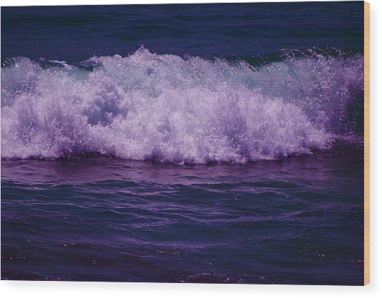 Midnight Ocean Wave In Ultra Violet Wood Print