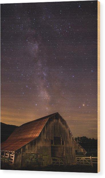 Milky Way Over Boxley Barn Wood Print