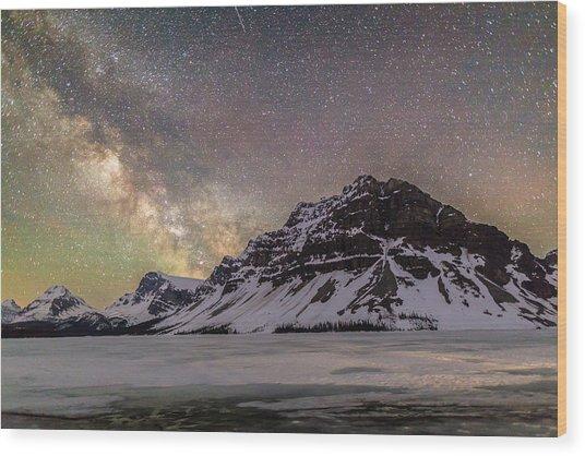 Milky Way Over Crowfoot Mountain Wood Print