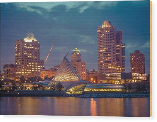 Milwaukee Skyline At Dark Wood Print