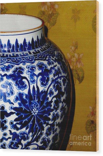 Ming Vase Wood Print