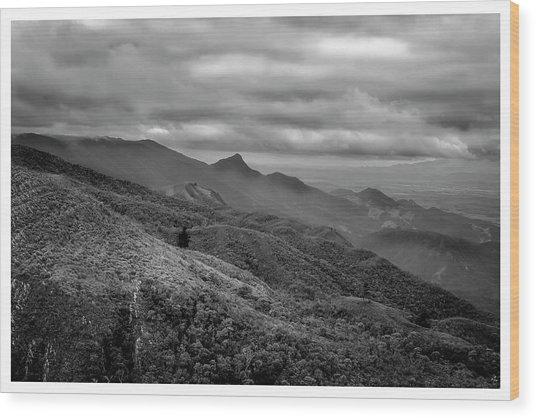 Mirante-pico Do Itapeva-campos Do Jordao-sp Wood Print