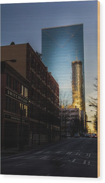 Mirror Reflection Of Peachtree Plaza Wood Print