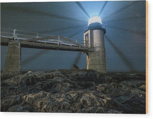 Mist At Marshall Point Light Wood Print