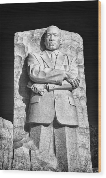 Mlk Memorial In Black And White Wood Print