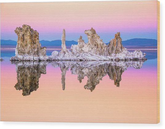 Mono Lake Tufa At Dusk Wood Print