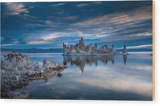 Mono Lake Tufas Wood Print