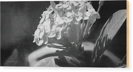 Monochrome Flora Wood Print