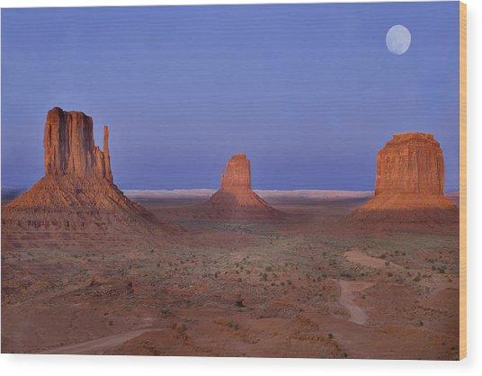 Monument Valley At Dusk Wood Print by Joel P Black