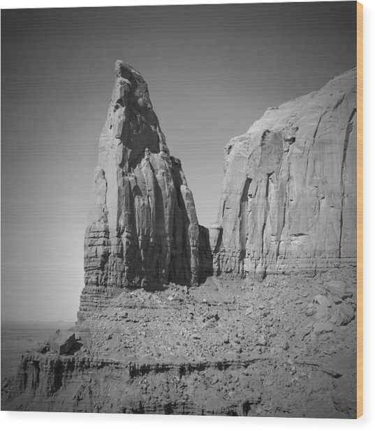 Monument Valley Spearhead Mesa Black And White Wood Print by Melanie Viola