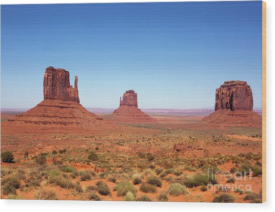 Monument Valley Utah The Mittens Wood Print