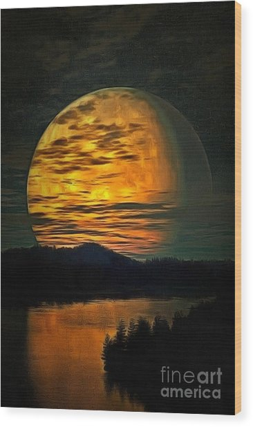 Moon In Ambiance Wood Print