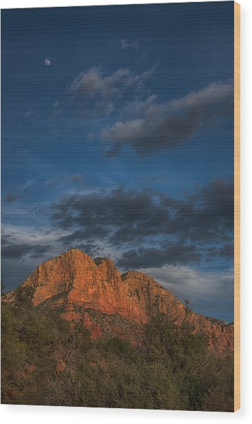 Moon Over Sedona Wood Print
