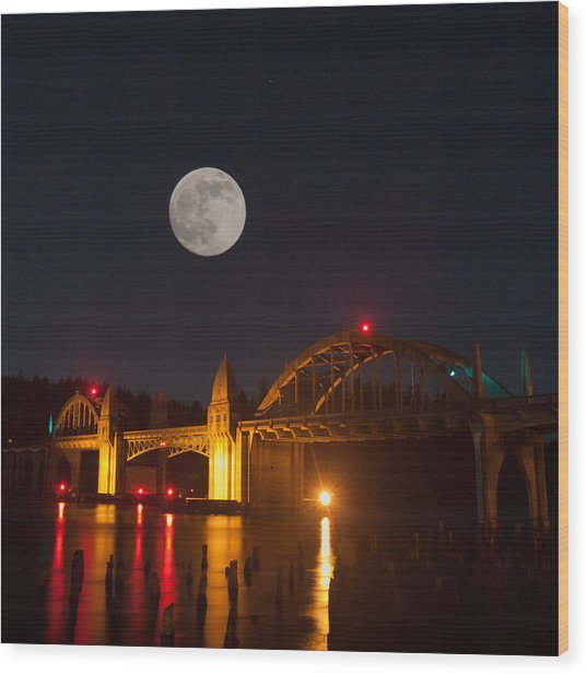 Moon Over The Siuslaw Wood Print