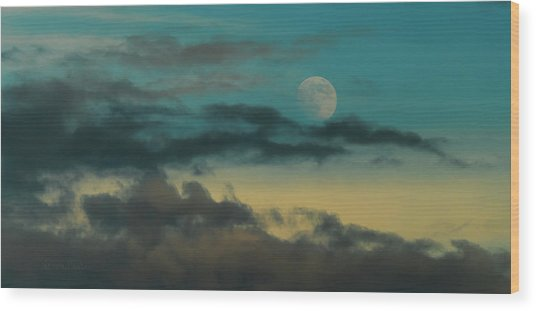 Moon Rise Sun Set Wood Print by Steven Poulton