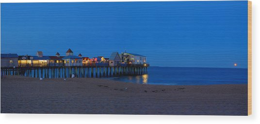 Moonrise In Old Orchard Beach Wood Print by David Bishop