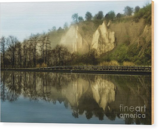 Morning At The Bluffs Wood Print