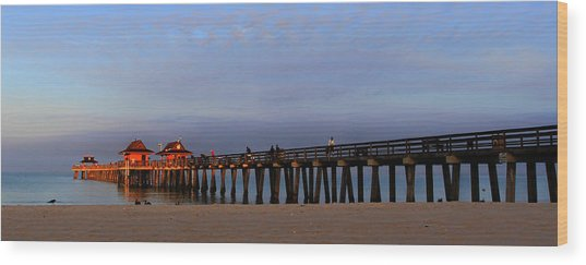 Morning At The Naples Pier Wood Print